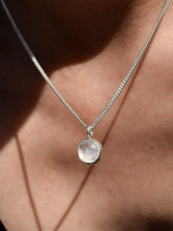 collar piedra luna